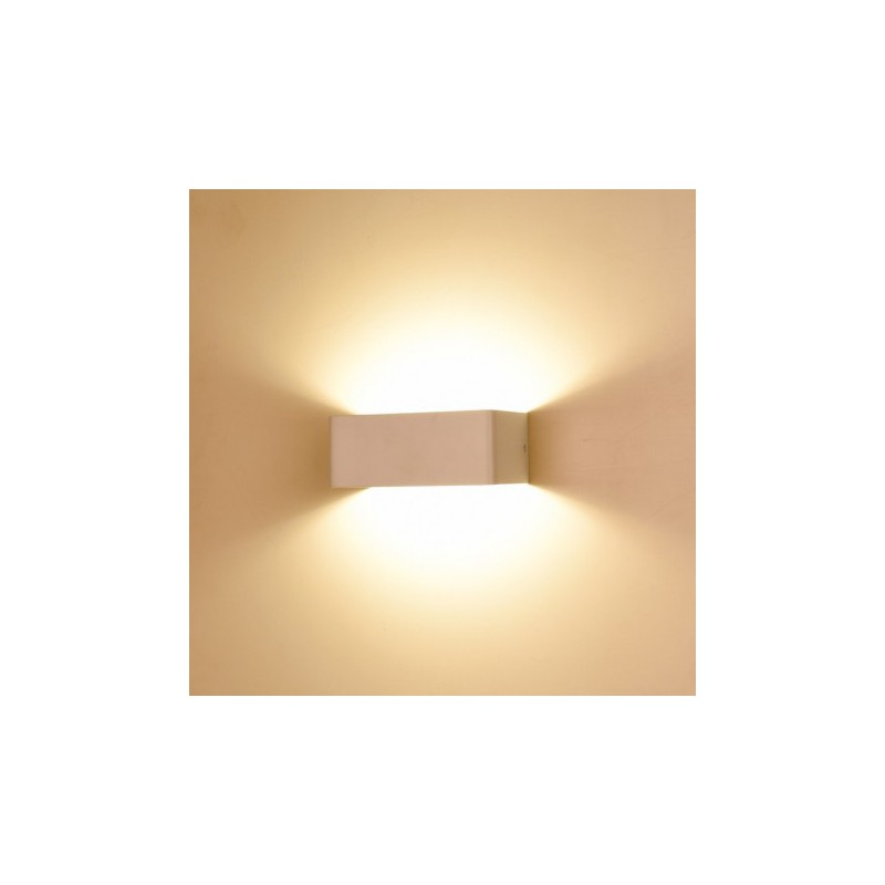 Applique murale int rieure led 6w 55w forme pav blanc for Applique murale interieure